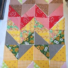Vintage sheet chevron quilt on the making