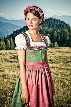 A Glimpse from the Past: Native German Clothing (Dirndl and Tracht)
