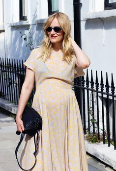 The+Ultimate+Maternity+Style+Guide+By+Four+Expecting+Fashion+Bloggers+via+@WhoWhatWear