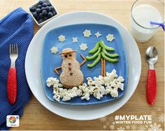 This edible snowman scene includes all 5 food groups! #MyPlate Winter Food Fun