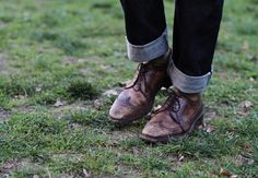 i like the old-world feel of brogues but i can never seem to think of a real-life situation where they wouldn't look ridiculously out of place :/ Ivy League Style, Preppy Men, Preppy Style, Gq, Boy Fashion, Mens Fashion, Sharp Dressed Man, Classic Man, Brogues