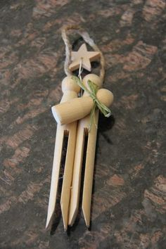 Clothespins Nativity Ornament Tutorial