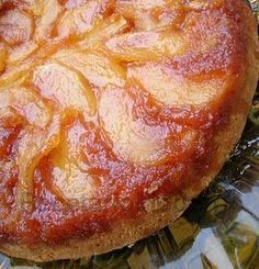 Receta torta de manzana invertida Apple Recipes, Sweet Recipes, Cake Recipes, Dessert Recipes, Pan Dulce, Tortas Light, Good Food, Yummy Food, Cakes And More