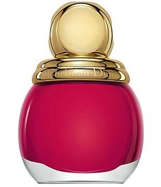 Luxury label Dior brings forth a glamorous make up collection for the upcoming Holiday 2014 season. The Dior Golden Shock Make Up Collec. Dior Nail Polish, Dior Nails, Nagellack Trends, Holiday Looks, Manicure And Pedicure, Gifts For Girls, Fun Nails, Pretty Nails, Hair And Nails