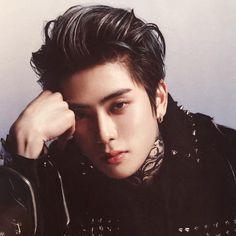 Nct Johnny, Cute Asian Guys, Man Crush Everyday, Jung Yoon, Jung Jaehyun, Jaehyun Nct, Korean Wave, Poses, Taeyong