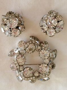Vintage Hobe rhinestone brooch & earring set bridal wedding holiday special occasion Great gift for her. Available now from GiosGems on Etsy. Vintage Costume Jewelry, Vintage Costumes, Antique Jewelry, Vintage Jewelry, Vintage Earrings, Vintage Rhinestone, Rhinestone Jewelry, Rhinestone Wedding, Etsy Jewelry