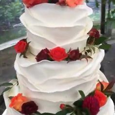 Most Beautiful Fall Wedding Cake with Fondant Ruffles Credit: Wedding Cakes For You country chocolat mariage cake cake country cake recipes cake simple cake vintage Types Of Wedding Cakes, Fondant Wedding Cakes, Fall Wedding Cakes, Square Wedding Cakes, Beautiful Wedding Cakes, Wedding Cake Designs, Wedding Cupcakes, Fondant Cakes, Wedding Cake Toppers
