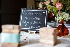 Tips en inspiratie om van jouw bruiloft tijdens corona een feestje te maken! Memories, Lettering, Table Decorations, Wedding, Corona, Memoirs, Valentines Day Weddings, Calligraphy, Mariage