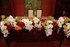 秋の装花 目黒雅叙園 鷲の間様へ アマリリスとダリア 風呂敷包みで : 一会 ウエディングの花