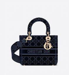 Sac Lady Dior, Boutiques, Dior Handbags, Designer Handbags, Designer Bags, Navy Necklace, D Lite, Christian Dior Bags, Blue Bags