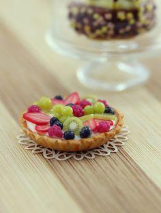 Fresh Fruit Tart 1:12 scale  Dollhouse Miniature Dessert by shayaaron, ₪105.00
