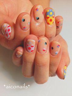 Super cool negative space nails