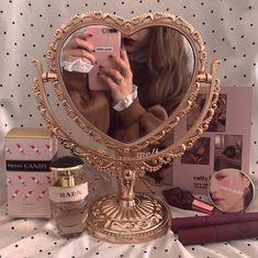 pretty girl aesthetic Colors-pink shared by ah.maqafa on We Heart It Photowall Ideas, Boho Dekor, Mode Blog, Princess Aesthetic, Aesthetic Room Decor, Aesthetic Bedrooms, Boujee Aesthetic, Travel Aesthetic, Aesthetic Vintage