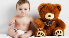 Bir çocuğun en yakın arkadaşı peluş ayısı :) http://www.bebiskolar.com/armerya-tombi-ayi-pelus-oyuncak-55-cm.html