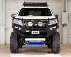 NEW Nissan NP300 American Style 2015 by WorldStyling.com