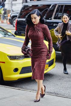Dita Von Teese – Arriving at her hotel in New...