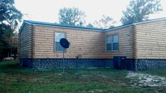 Mobile Home turned into a Log Cabin with our Pine Log Cabin Siding and fake corners! Mobile Home Siding, Mobile Home Redo, Mobile Home Exteriors, Mobile Home Repair, Mobile Home Renovations, Mobile Home Makeovers, Remodeling Mobile Homes, Home Remodeling, Log Cabin Siding