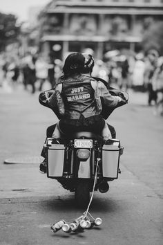 Just-Married-motorcycle-vest // Want to see our wedding photography? Please have a look at http://blog.picture-of-me.com/