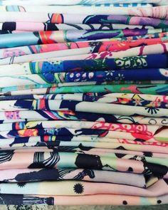 Feliz día del diseñador de Indumentaria 😻🙌🏻 feliz día para todos mis colegas, en esta hermosa profesión!!! Sólo nosotros sabemos el tiempo y trabajo qué hay detrás de cada creación 😂y el minucioso estudio qué hay detrás de cada diseño. Hoy se festeja!!! 🍾🎉🎈 💌www.sofialapenta.com.ar  #sofialapenta #inspiracion #scarf #gift #fashion #fashiondesign #drawing #designed #ilustracion #illustration #surrealism #art #sketchbook #love #work #artwork #studio #painting #welivetoexplore…
