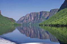A Boat Ride you Won't Forget: Western Brook Pond, Newfoundland - Hike Bike Travel Backpacking Trails, Hiking, Newfoundland And Labrador, Newfoundland Canada, Atlantic Canada, Parks Canada, Visit Canada, Prince Edward Island, Boat Tours