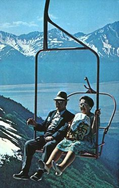 Piéger en Haute altitude - Significations & Interprétations de rêves - tableau ©Scenic Chair Ride, Mount Alyeska Ketchikan Alaska, Postcards, Scenic, Altitude, Week End, Usa, Retro, Chair, Places