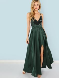 Shop Contrast Sequin Split V-Neck Cami Dress online. SheIn offers Contrast Sequin Split V-Neck Cami Dress & more to fit your fashionable needs. Bustier Dress, Mesh Dress, Sequin Dress, Wrap Dress, Sequin Top, Fit Flare Dress, Fit And Flare, Vestido Casual, Pleated Maxi