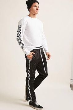 Shop the leading trends in men's bottoms at Forever Find you next favorite pair of jogger shorts, skinny jeans, chino pants, and drawstring shorts. Forever 21 Men, Shop Forever, 21men, Jogger Shorts, Trousers, Pants, Fitness Models, Latest Trends, Just For You