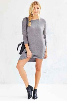Silence + Noise Ares Midi Tee Shirt Dress - Urban Outfitters