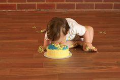 How to Set Up a Smash Cake Photo Session