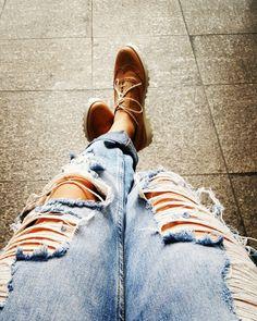 Boyfriend jeans with oxfords