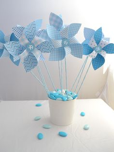 Baby Boy Baptism, Baby Boy Shower, Baby Shower Decorations For Boys, Birthday Decorations, Deco Table Communion, Blue Candy Bars, How To Make Pinwheels, Princess Balloons, Diy Crafts How To Make