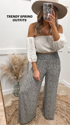 Summer Outfits For Moms, Casual Outfits For Moms, Cute Spring Outfits, Cute Comfy Outfits, Outfits With Hats, Boho Outfits, Fashion Outfits, Spring Dresses, Outfits For Women