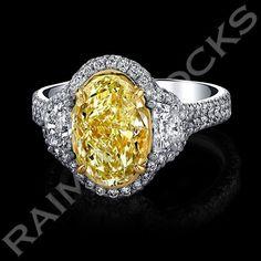 A great OVAL YELLOW DIAMOND RING! A 3.30ct, oval cut, Y-Z yellow diamond, VS2. Wonderful! #love #fashion #wow #idea #gifts #anniversary #diamonds #diamond #diamondring #diamondrings #anniversary #anniversarygift #jewelry #diamond jewelry #pinkdiamonds #bride #weddingday #weddingrings #engagement #engagementring #losangeles #calabasas #malibubeach #beverlyhills #bellaire #santabarbaracounty