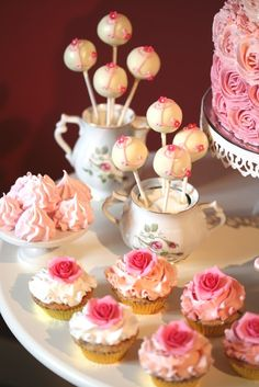 Pretty ombre rose cupcakes and monogram cake pops (Francisca Neves).