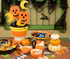 Halloween Centerpiece Ideas | Set the scene for Halloween fun with these easy decorating tricks that ...