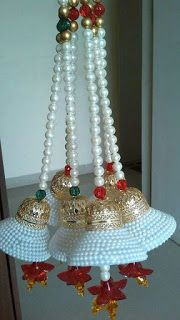 Patchwork Navidad Ideas Manualidades New Ideas Plastic Bottle Crafts, Diy Bottle, Wine Bottle Crafts, Diwali Decoration Items, Thali Decoration Ideas, Diwali Diy, Diwali Craft, Christmas Centerpieces, Christmas Decorations