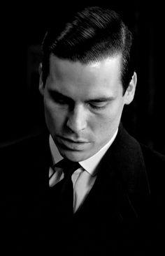 Downton Abbey - Thomas / Rob James-Collier