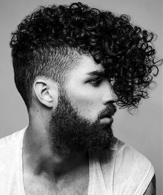 Shaved side hairstyles are also called undercut. It became a trend in Shaved side hairstyles are famous because it has lots of stylish variations. Undercut Fade Hairstyle, Curly Undercut, Mens Hairstyles Fade, Shaved Side Hairstyles, Mohawk Hairstyles, Fade Haircut, Haircuts For Men, Curly Mohawk, Curly Haircuts