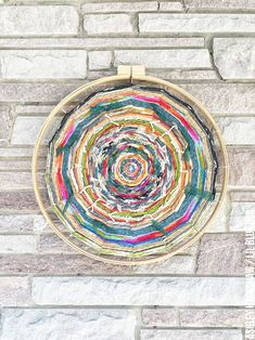 Embroidery Hoop Loom Weaving - How to make an embroidery hoop into a embroidery…