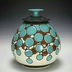 Ceramic Boxes, Ceramic Art, Vases, Pottery Patterns, Woodturning Ideas, Black And White Painting, Wood Steel, Dani, Art Nature