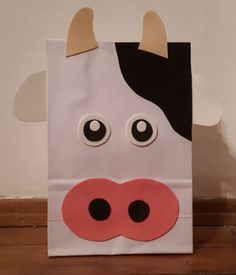 Farm Animal Party, Farm Animal Crafts, Farm Animal Birthday, Farm Birthday, Farm Party, Cow Birthday Parties, Birthday Party Goodie Bags, Panda Birthday Party, Diy For Kids