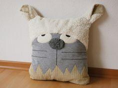 Monster & Tiere - Kissen Katze - ein Designerstück von Doodah bei DaWanda