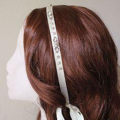 Bianca Headband Trendarty.com follow us on: https://www.facebook.com/trendarty/?ref=hl https://twitter.com/trendarty5 https://es.pinterest.com/trendarty/ and https://vimeo.com/trendarty #belleza #beauty #moda #invierno #gorros #gorras #hat #ropadeinvierno #abrigo #chaquetas #bufandas #guantes #lluvia #nieve #cortaviento #abrigarse #modamuje #modahombre #modadeinvierno #pañuelos #fulares #ponchos #poncho #escharpes #mantas #turbantes #cintadelpelo #cinta #seda #diadema