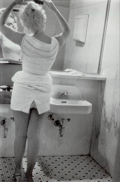Marilyn Monroe - Chicago Airport Bathroom 1955 Eve Arnold