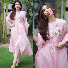 Indian Fashion Tips .Indian Fashion Tips Pakistani Fashion Party Wear, Pakistani Dresses Casual, Pakistani Dress Design, Casual Dresses, Dress Indian Style, Indian Fashion Dresses, Indian Designer Outfits, Fancy Dress Design, Stylish Dress Designs