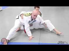 BJJ commentator and a black belt under the Mendes brothers, Riccardo shows some of his favourites moves. Brought to you by: VHTS Mma Training, Martial Arts Training, Jiu Jitsu Techniques, Mma Fighting, Martial Arts Techniques, Women Boxing, Brazilian Jiu Jitsu, Aikido, Mixed Martial Arts