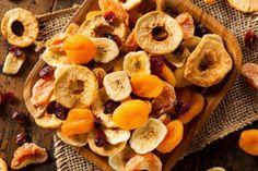 As frutas desidratadas são ótimas opções para incrementar as receitas ou para um…