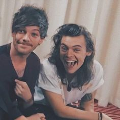Louis Tomlinson, Larry Stylinson, Niall Horan, Larry Shippers, Harry 1d, Foto Real, Harry Styles Photos, Louis And Harry, One Direction Pictures