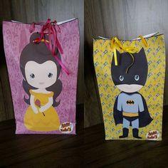 #presente #kit #diadascriancas #superherói  #princesas #bela #batam - Olha como as almofadinha de pintar vão  embaladas em bolsinha personalizadas. É  muito amor gente!