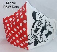 Face Masks For Kids, Easy Face Masks, Diy Face Mask, Mickey Mouse Wedding, Mouth Mask Fashion, Tapas, Japanese Fabric, Diy Mask, Mask Design